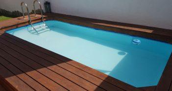 Tratamiento de piscina de madera